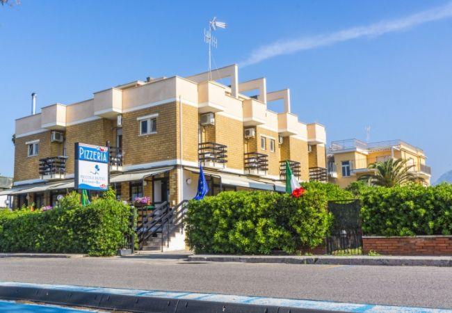 Piccolo Hotel - Terracina (LT)