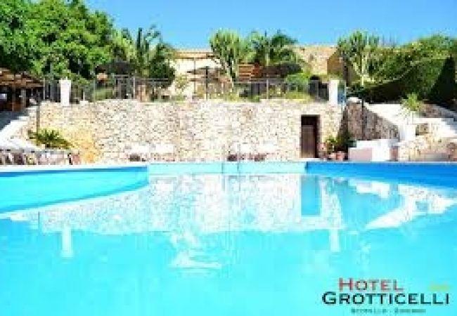 Hotel Grotticelli - Castellammare del Golfo (TP)