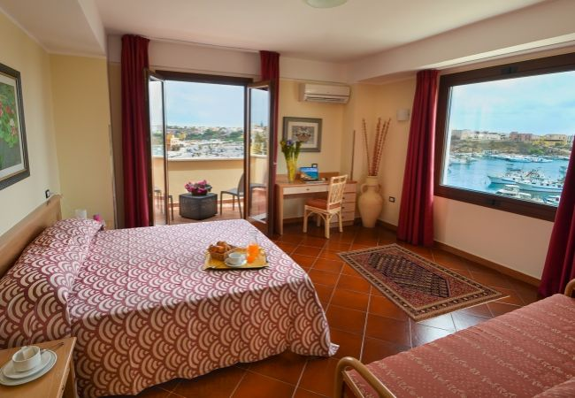 Hotel Martello - Lampedusa (AG)