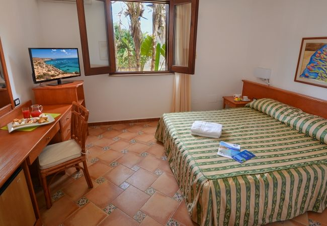 Oasis Hotel Residence & Resort - Lampedusa (AG)